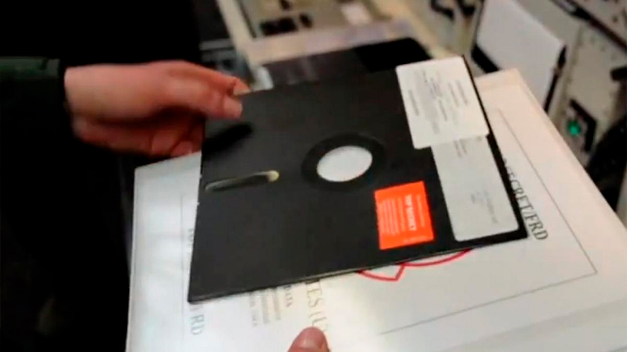 El ejército estadounidense anuncia que ha dejado de usar floppy disks para controlar el arsenal nuclear