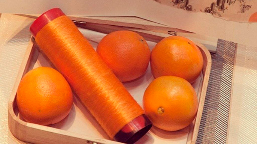Crean seda ecológica hecha con pulpa de naranja desechada