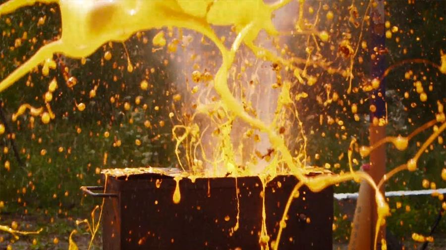 Científicos están haciendo explosiones de lava artificial para salvar vidas