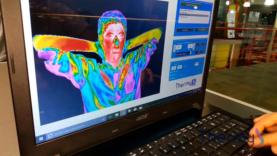 Estudiantes del IPN crean Thermy, prueba para detección de cáncer de mamá con 95% de precisión