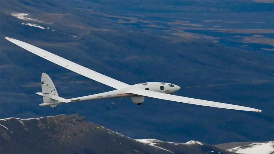 El planeador estratosférico Perlan 2 próximo a romper records de altura: 27,400 metros