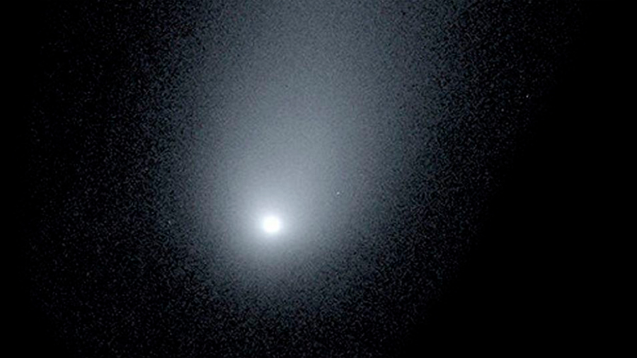 Singular foto muestra el gigantesco cometa que pasará cerca de la Tierra este diciembre