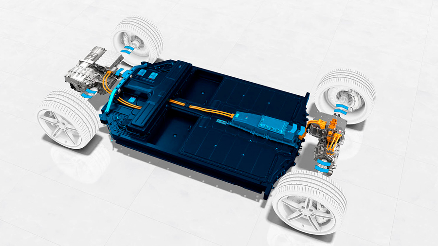 Un coche eléctrico al precio igual que el de gasolina sería factible en 2024: nos acercamos a los 100 dólares por kWh