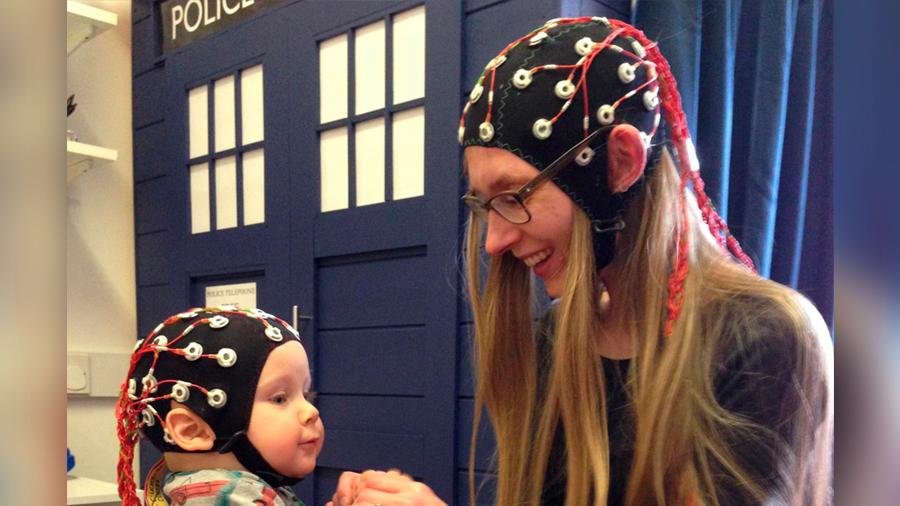 Los cerebros de las madres y sus bebés funcionan en red