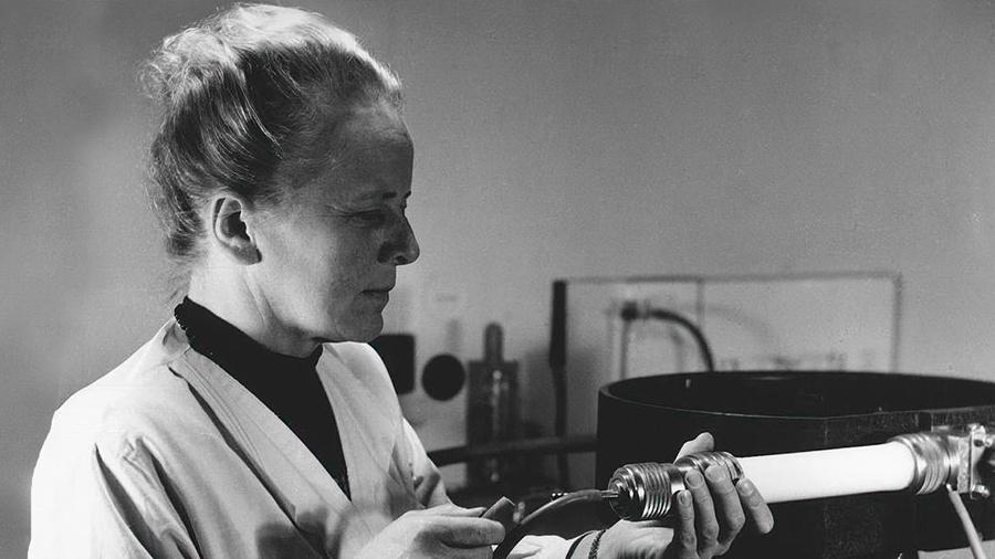 Las mujeres de la tabla periódica (un homenaje)