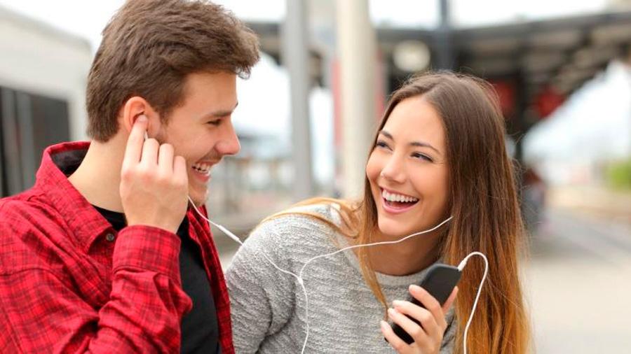 La ciencia asegura que estas 5 canciones te harán notablemente más feliz