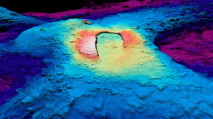 Exploran un monstruo de magma en lo profundo del mar