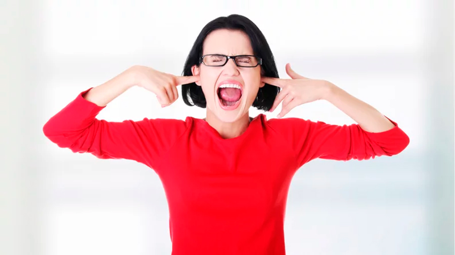 La ciencia te explica por qué odias cómo te escuchas en tus mensajes de voz