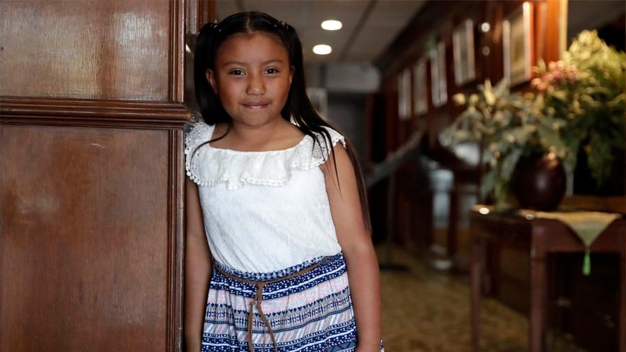 Niña mexicana de 10 años acerca a las mujeres a la ciencia