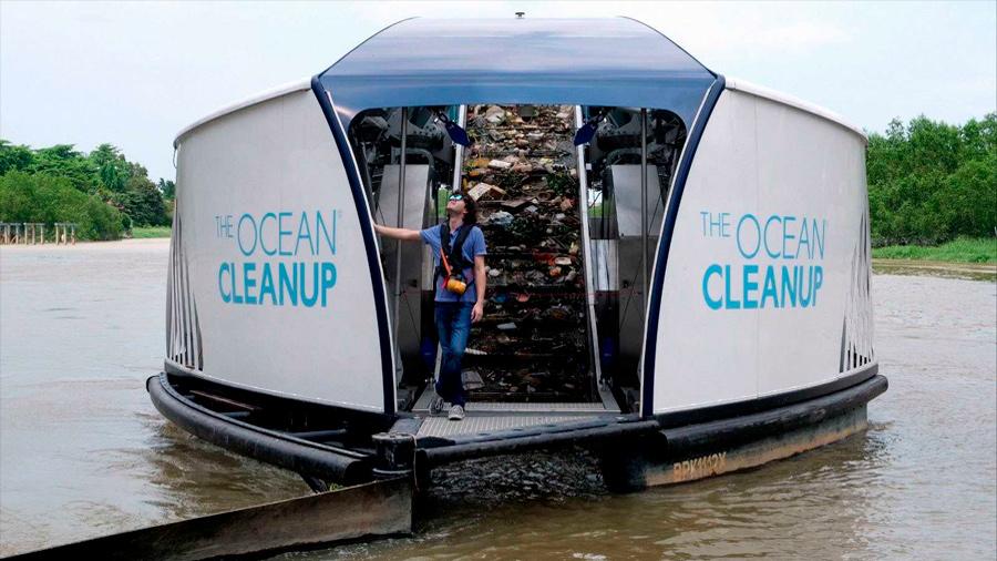 """The Ocean Cleanup ha logrado recoger """"60 bolsas de un metro cúbico de plástico"""" del océano Pacífico"""