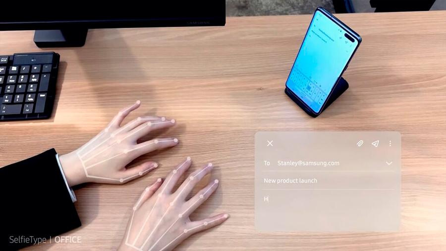"""Samsung ha desarrollado un teclado virtual que te permite escribir """"sobre la mesa"""""""