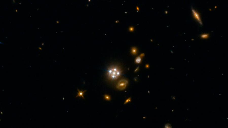 Lentes gravitacionales muestran que el universo se expande más rápido de lo estimado