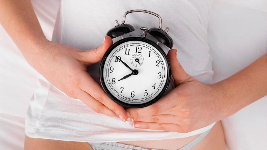 Actividad sexual constante retrasa menopausia temprana: estudio