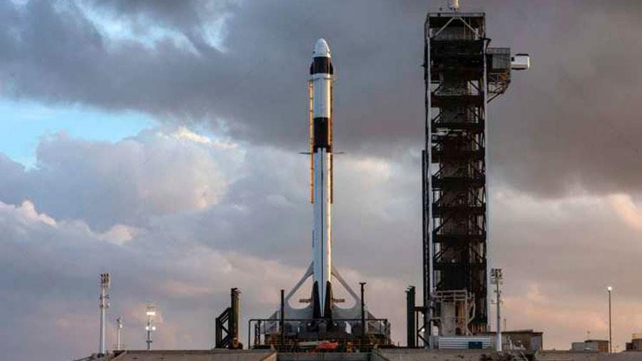 SpaceX lanza su Falcon 9 y lo hace explotar por el bien de sus futuros astronautas