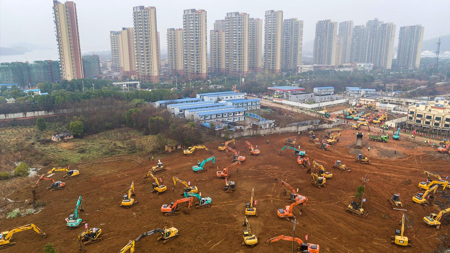 China construye hospital en 10 días para enfermos de coronavirus