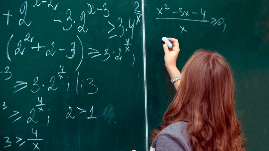 Por $1 millón, se busca al mejor maestro mexicano de ciencias y matemáticas