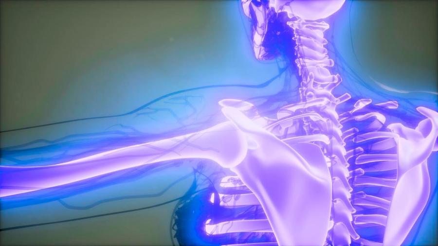 Estudiante de la UNAM crea impresora 3D de huesos biodegradables