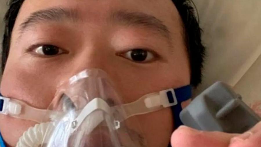 Un médico en China intentó alertar sobre el coronavirus y fue obligado a retractarse por las autoridades