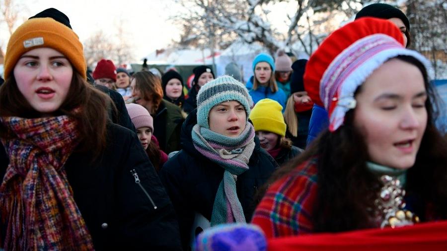 Ocho mujeres jóvenes encabezan en el orbe movimientos contra el cambio climático