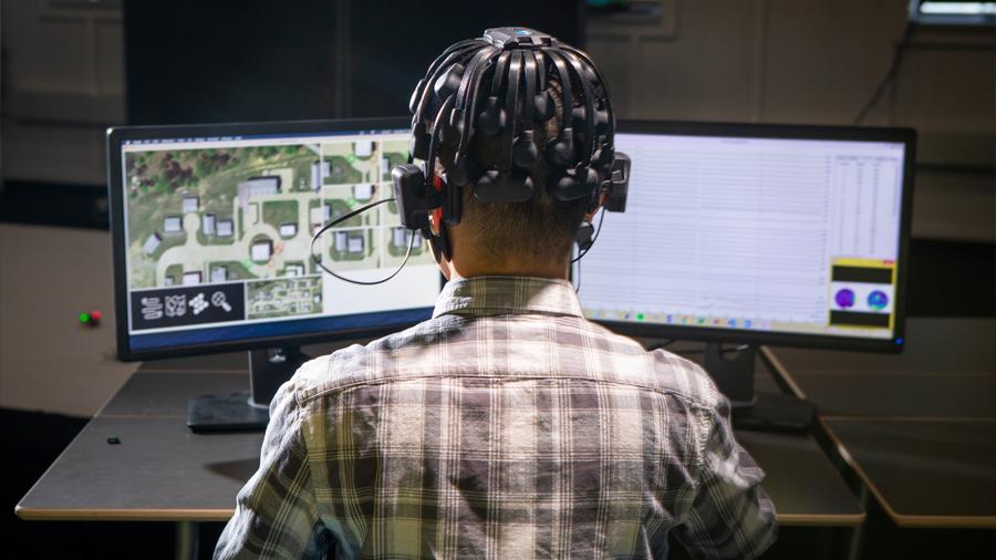 Ondas cerebrales humanas guiarán a una flota de robots