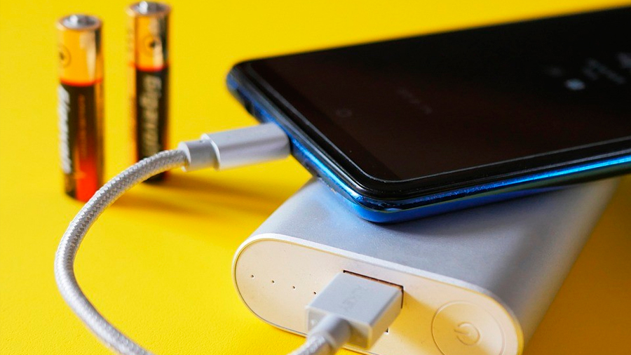 Nueva batería de estado sólido desarrollada por el MIT lograría que un móvil dure días sin recargars