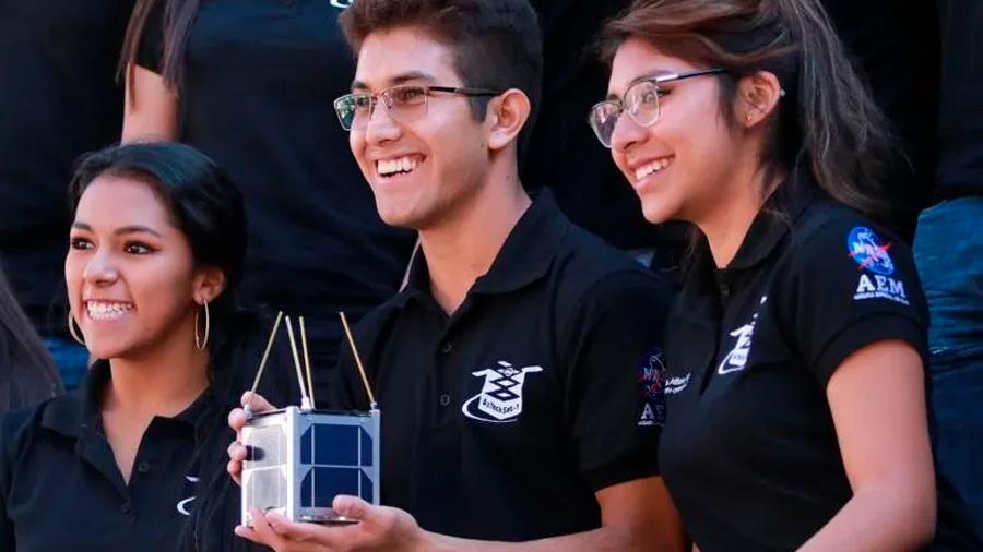 Nanosatélite mexicano AztechSat-1 inicia misión en el espacio