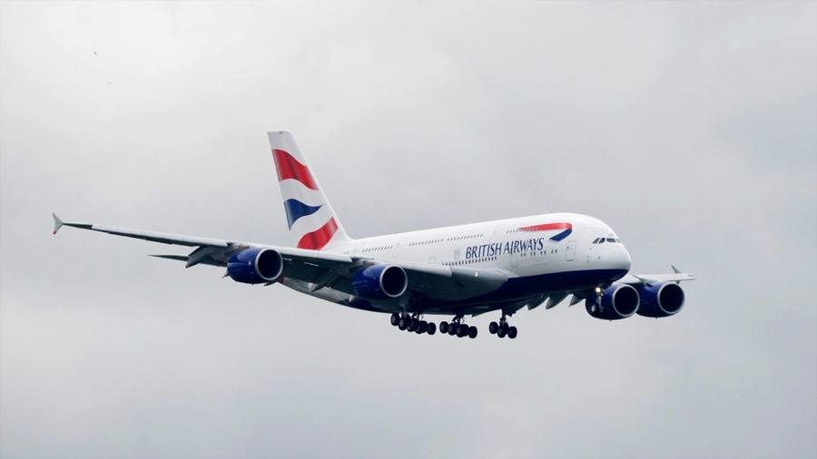 Avión de pasajeros 'se monta' en una tormenta y rompe el récord de vuelo subsónico entre Nueva York y Londres