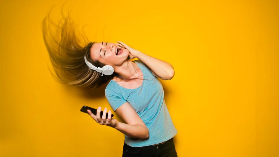 El cerebro almacena información como lo hace el formato el MP3