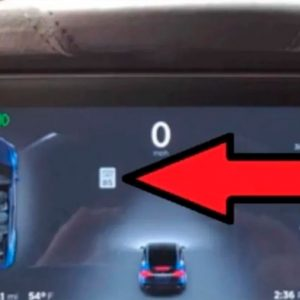 Engañan al piloto automático de un Tesla y solo necesitaron cinta