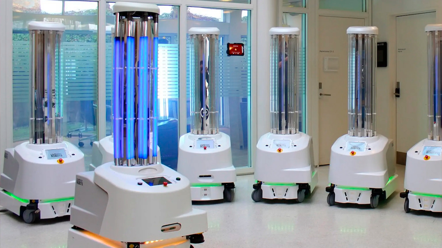 Así trabaja el robot autónomo que desinfecta habitaciones con luz ultravioleta