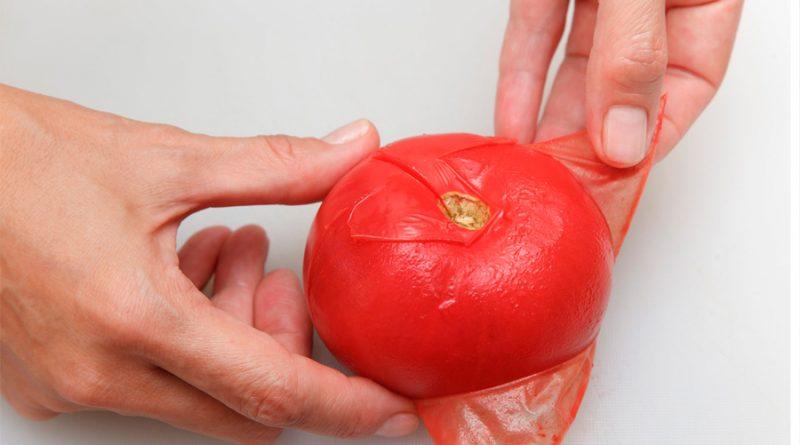 Joven emprendedor idea un protector solar con residuos de tomate