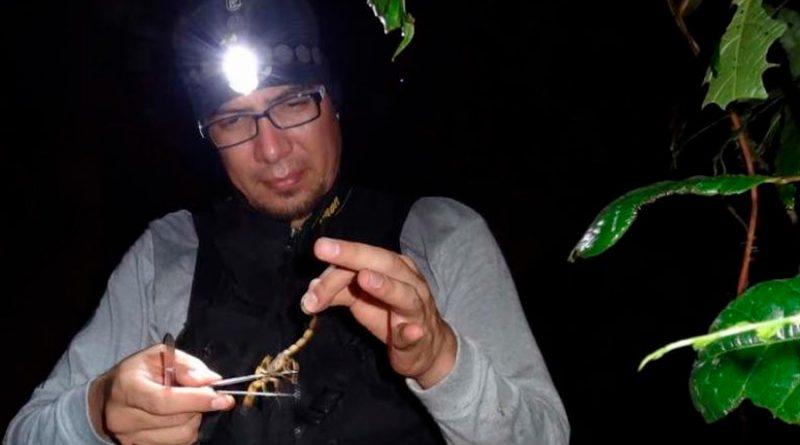 Diego Barrales: el biólogo que usa la ciencia y Twitter para salvar arácnidos
