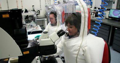 Coronavirus se superará pero con un calendario incierto: editor jefe de Science
