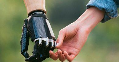 Emprendimiento de corazón: joven mexicano crea prótesis 3D