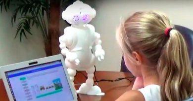 Robots emotivos ayudan a niños con autismo