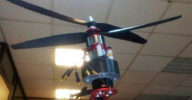 Otorgan premio a la invención a brazo robótico volador desarrollado en la UNAM