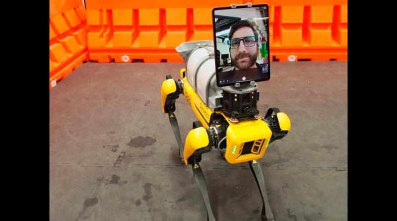 Spot Mini, el robot perro de Boston Dynamics, está ayudando a atender pacientes de coronavirus