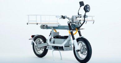 CAKE Ösa ya es una realidad, la moto eléctrica con hasta 1.000 combinaciones que se transforma en un taller