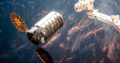¿Cómo se comporta el fuego en el espacio? La NASA lo comprobará quemando el interior de una nave