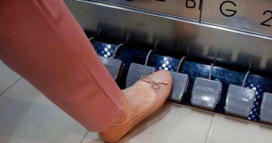 Crea ascensor controlado literalmente a pedales y sin botones por el coronavirus