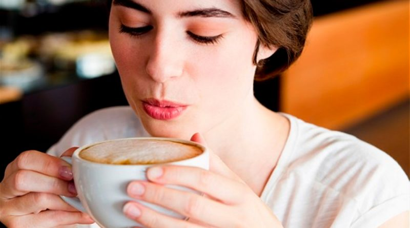 Una mujer sufre una sobredosis masiva de cafeína. Esto lo que le pasó a su cuerpo