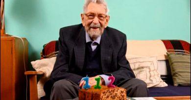 Murió el hombre más viejo del mundo a la edad de 112 años