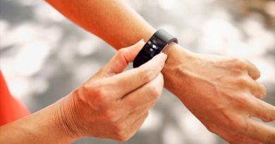 Relojes y pulseras inteligentes podrían servir para detectar Covid-19