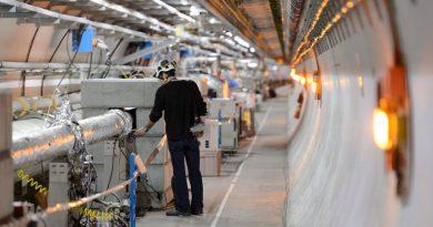 Anuncia CERN el descubrimiento de una rara partícula con cuatro quarks