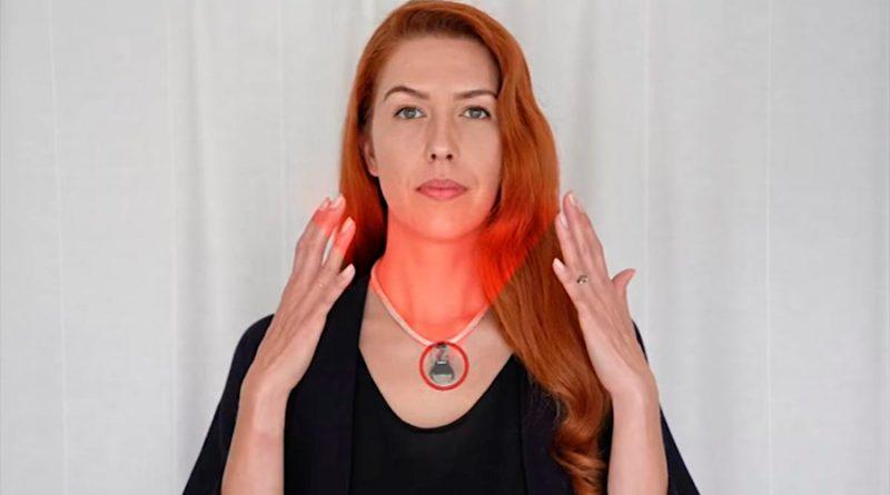 La NASA crea collar para evitar que te toques la cara