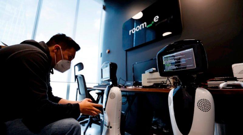 Robot mexicano, herramienta útil en la batalla contra el coronavirus