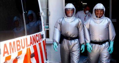 Inspirados en ciencia ficción, ingenieros mexicanos crean traje Covid