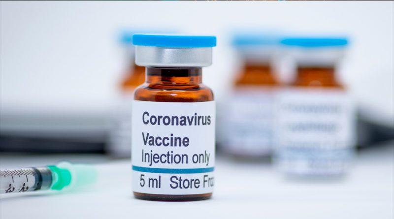 Vacuna contra covid de AstraZeneca estaría lista 'antes de fin de año'