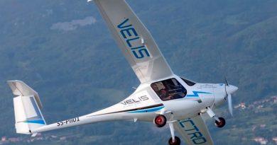 Primer avión eléctrico certificado del mundo realiza vuelo de prueba en Suiza
