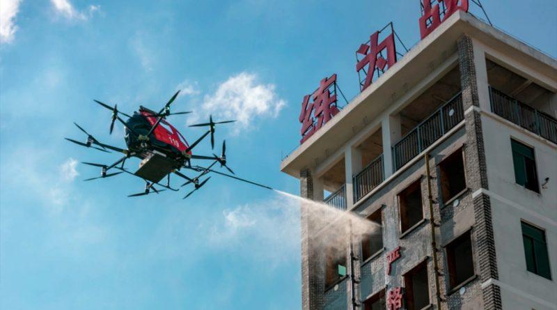 EHang, el dron que cumple con la función de extinguir incendios de forma sencilla